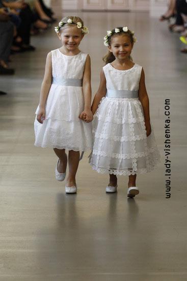 Brautkleider für Mädchen Oscar De La Renta