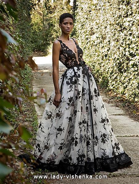 Hochzeitskleid mit schwarzer Spitze und Blumen 2016 - Jordi Dalmau