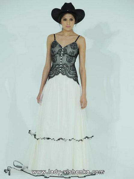 Schwarz-weißes Hochzeitskleid-Foto - Claire Pettibone