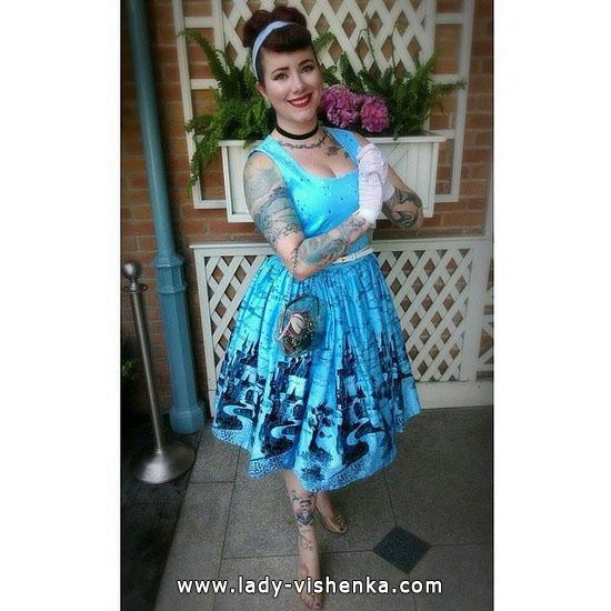 Cinderella - Kostüme auf der Halloween-Foto