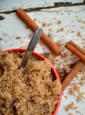 Rezept-Zucker-Peeling mit Vanille und Zimt