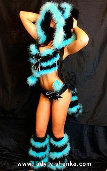 Outfit Чеширской Katze auf Halloween