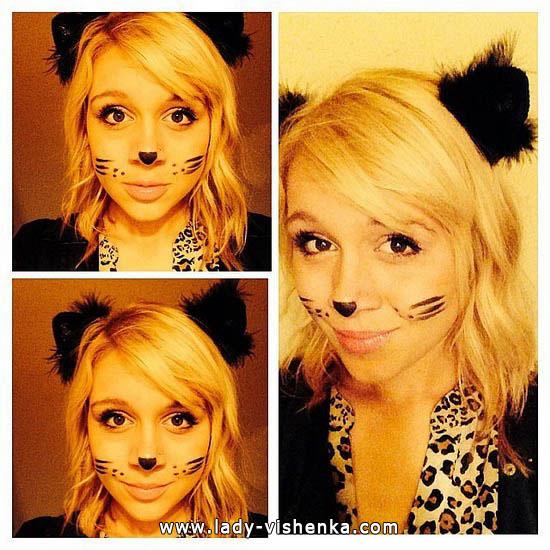 Leoparden-Kostüm an Halloween mit Ihren Händen