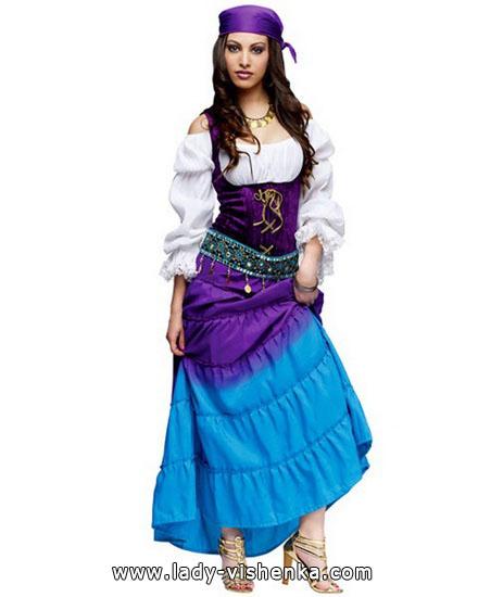 ein Outfit für Halloween - Esmeralda