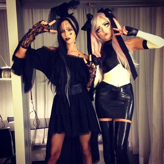 Models Natasha Poly und Valentina Зеляева Halloween