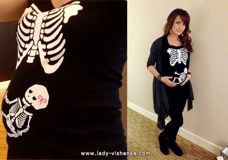Skelett Outfit für Halloween für schwangere