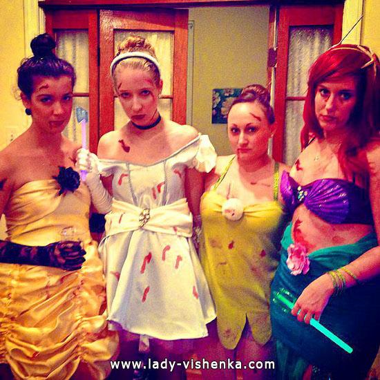 Image der Disney-Prinzessin mit Ihren Händen an Halloween