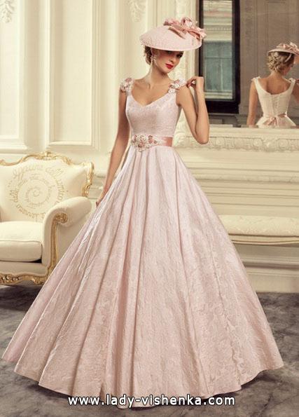 Hochzeitskleid in der Farbe rosa - Tatiana Kaplun