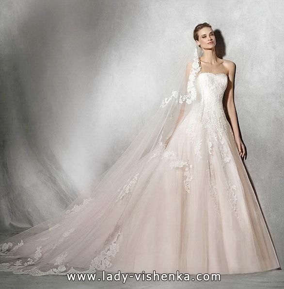 Rosa Hochzeitskleid 2016 - Pronovias