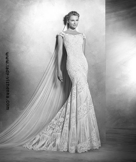 Brautkleider Pronovias mit Spitze