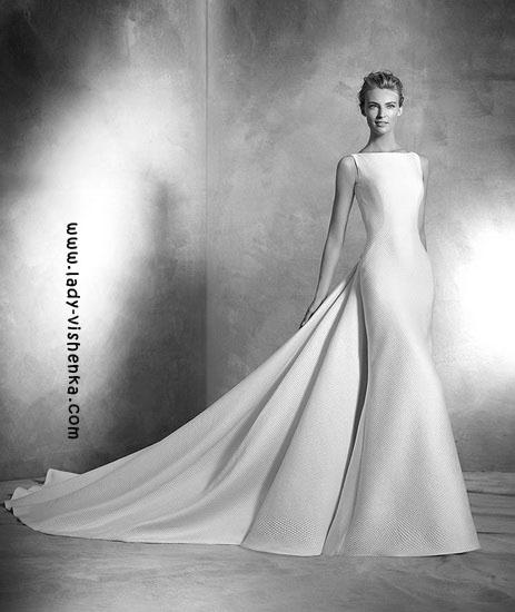 Brautkleider mit schleppe Pronovias