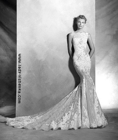 Brautkleider Pronovias aus Spitze