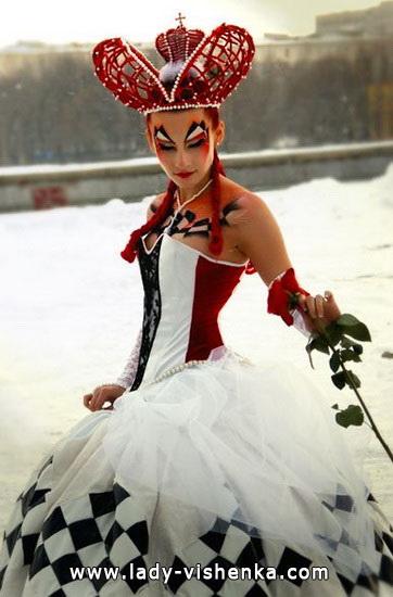 ein Sehr schönes kurzes Kleid Königin der Herzen auf der Halloween