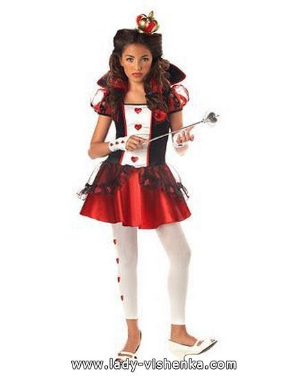 eine Einfache Kostüm Königin der Herzen auf Хэллоун