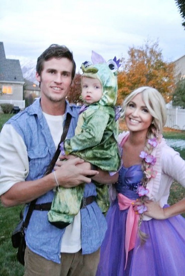 Rapunzel und Flynn auf dem Halloween-Foto