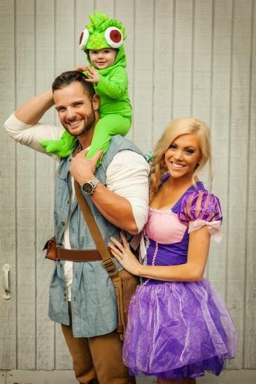 Kostüm Rapunzel und Flynn auf dem Halloween-Foto