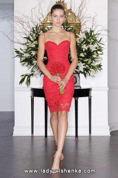 4.  Rotes Brautkleid kurz