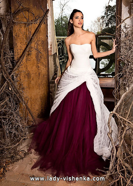 2. Rotes Brautkleid - Jordi Dalmau