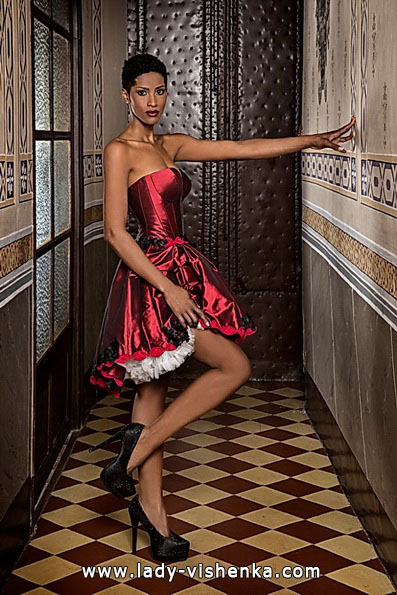 2. Rotes Brautkleid kurz - Jordi Dalmau