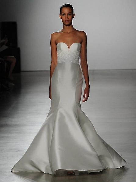 Satin-Hochzeits-Kleid - Fischschwanz - Kenneth Pool