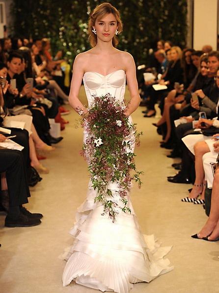 Satin-Hochzeitskleid - Meerjungfrau - Carolina Herrera