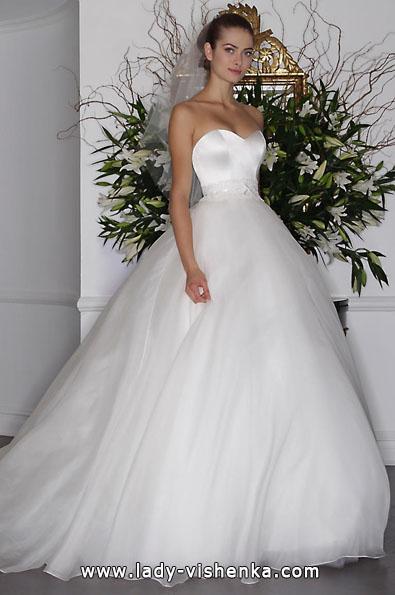Hochzeitskleid aus Satin 2016 - Romona Keveza