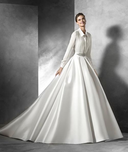 Hochzeitskleid aus Satin Langarm mit schleppe - Pronovias 2016