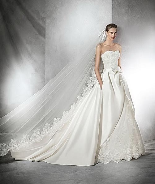Quinceanera Hochzeitskleid aus Satin mit schleppe - Pronovias 2016