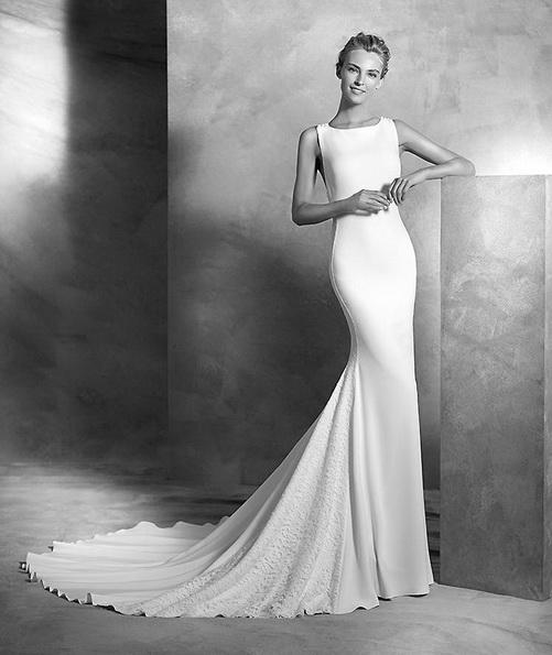 Hochzeitskleid aus Satin mit schleppe - Pronovias Neuheiten 2016
