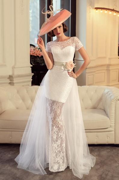 Kurze Hochzeitskleid mit kurzen ärmeln - Tatiana Kaplun