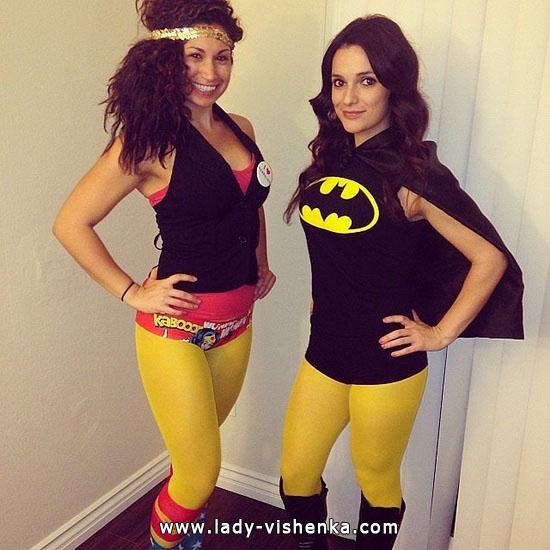 das Mädchen - Super-Helden auf Halloween