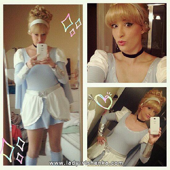 Cinderella Super auf Halloween