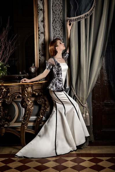 Hochzeits-Kleid mit Satin-Rock von Jordi Dalmau 2016