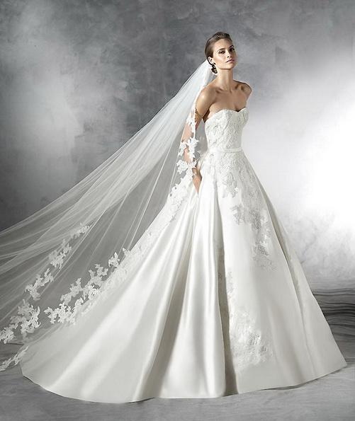 Hochzeits-Kleid mit Satinrock Pronovias 2016