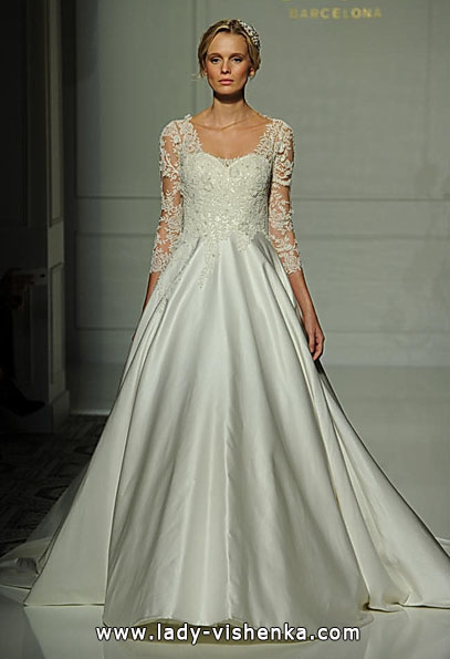 Brautkleider mit Spitzen ärmeln Foto - Pronovias