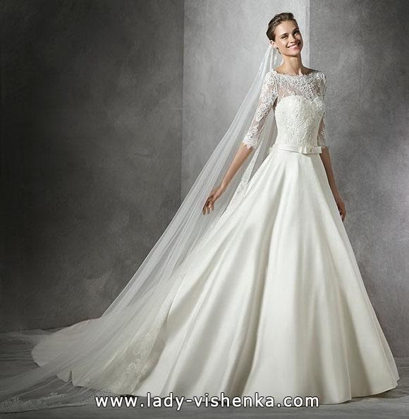 Prinzessin Brautkleid mit Spitzen ärmeln - die Pronovias
