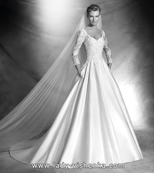Brautkleider mit Spitzen ärmeln Foto-Neuheiten - Pronovias