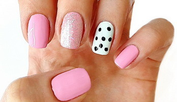 Nail art — Back to School